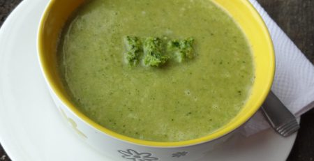 lemony pumpkin seed pesto soup